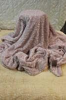 Плед меховой розовый